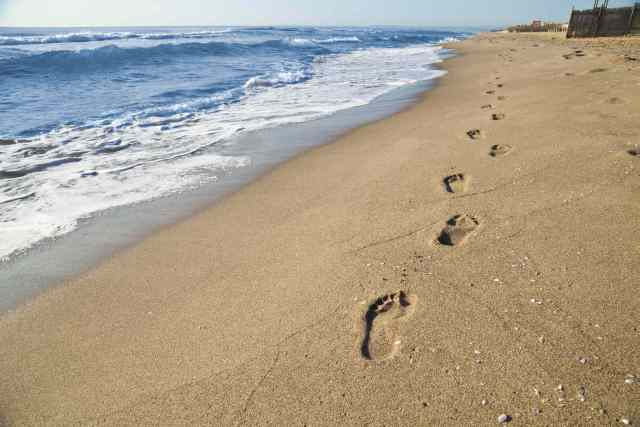 footprints in sand resample